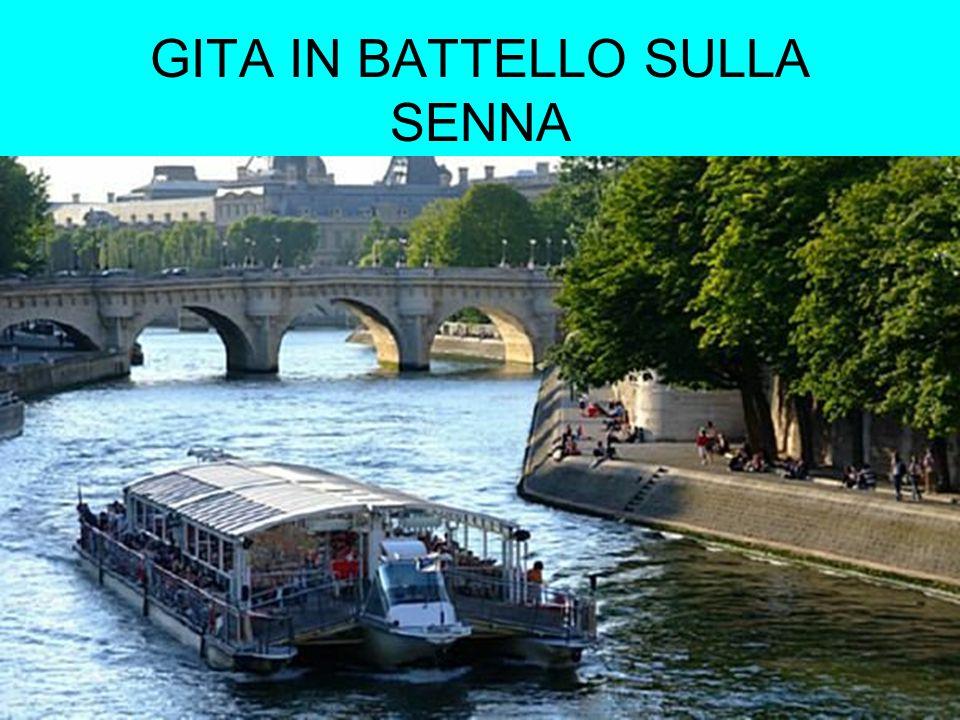 GITA IN BATTELLO SULLA SENNA