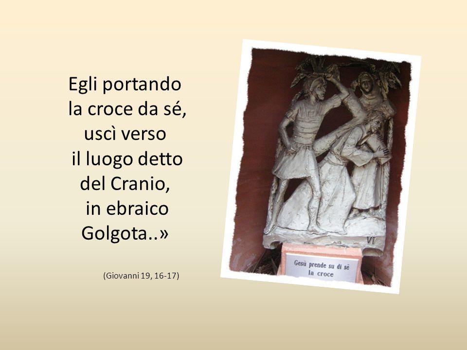 Sesta stazione Gesù prende su di sè la croce «Allora lo consegnò loro perché fosse crocifisso. Presero dunque in consegna Gesù.