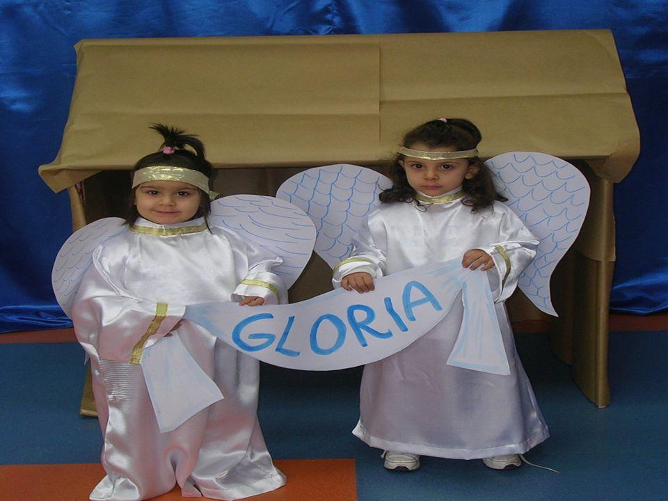 E altri angeli cantavano: « Gloria a Dio e Pace in Terra agli uomini che Lui ama!»