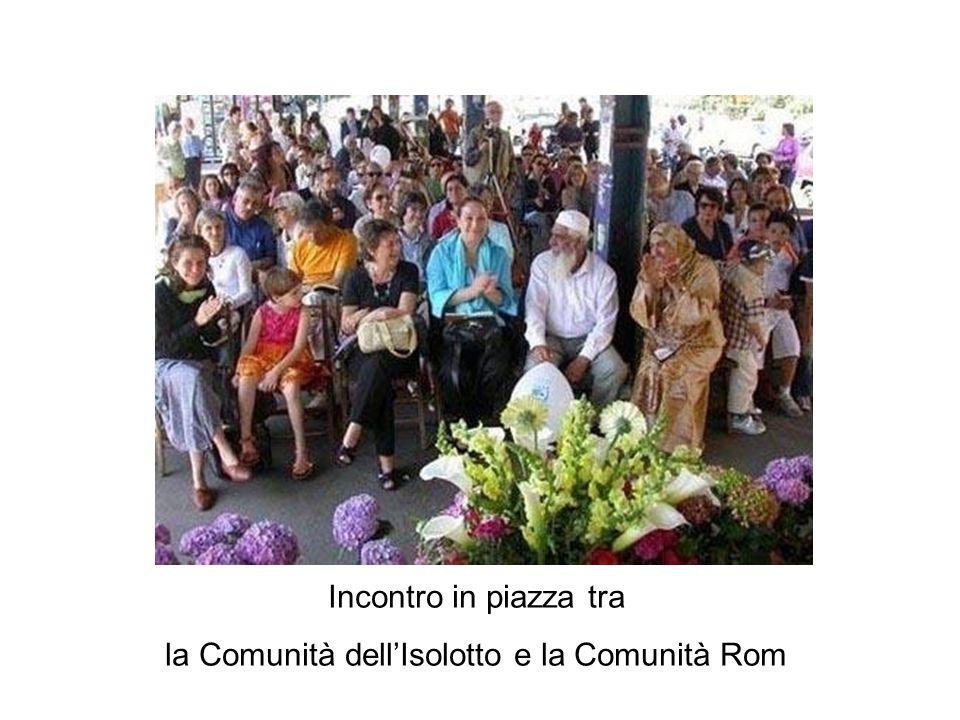Incontro in piazza tra la Comunità dell'Isolotto e la Comunità Rom