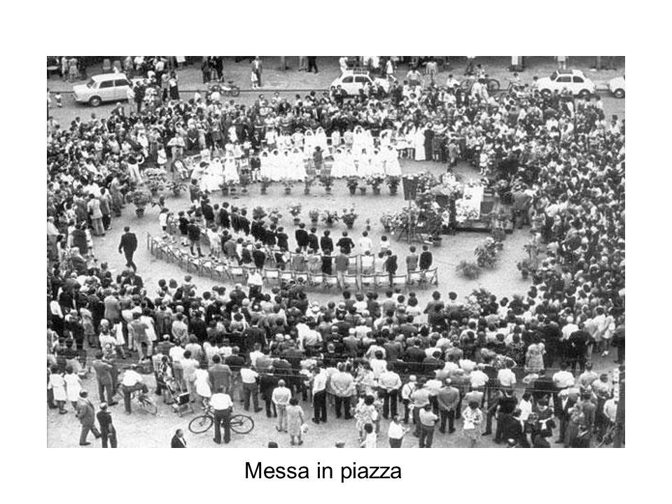 A piazza oggi, vista dall'alto