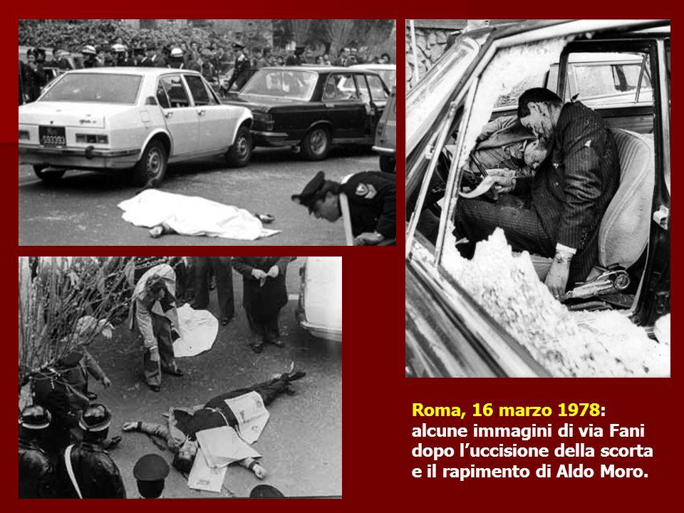 Roma, 16 marzo 1978: alcune immagini di via Fani dopo l'uccisione della scorta e il rapimento di Aldo Moro.