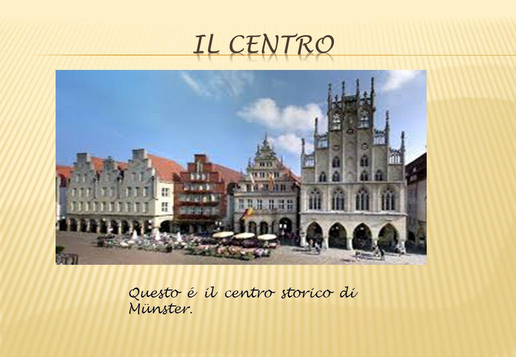 Questo é il centro storico di Münster.