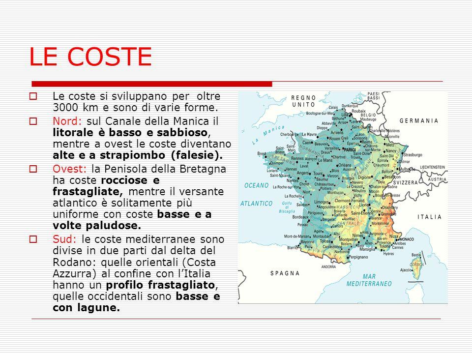 LE COSTE  Le coste si sviluppano per oltre 3000 km e sono di varie forme.  Nord: sul Canale della Manica il litorale è basso e sabbioso, mentre a ov