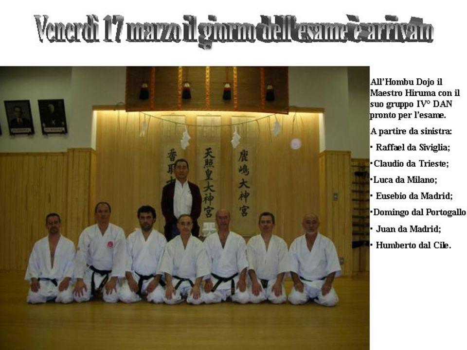 A sinistra: Claudio nel Jitte; Claudio nel Jitte; Luca in Hangetsu; Luca in Hangetsu; Sotto Kumite e il gruppo con la Commissione, da sx a sedere i Maestri: Hiruma, Kunimitsu, Takagi, Akutsu, Higuchi e Takita.