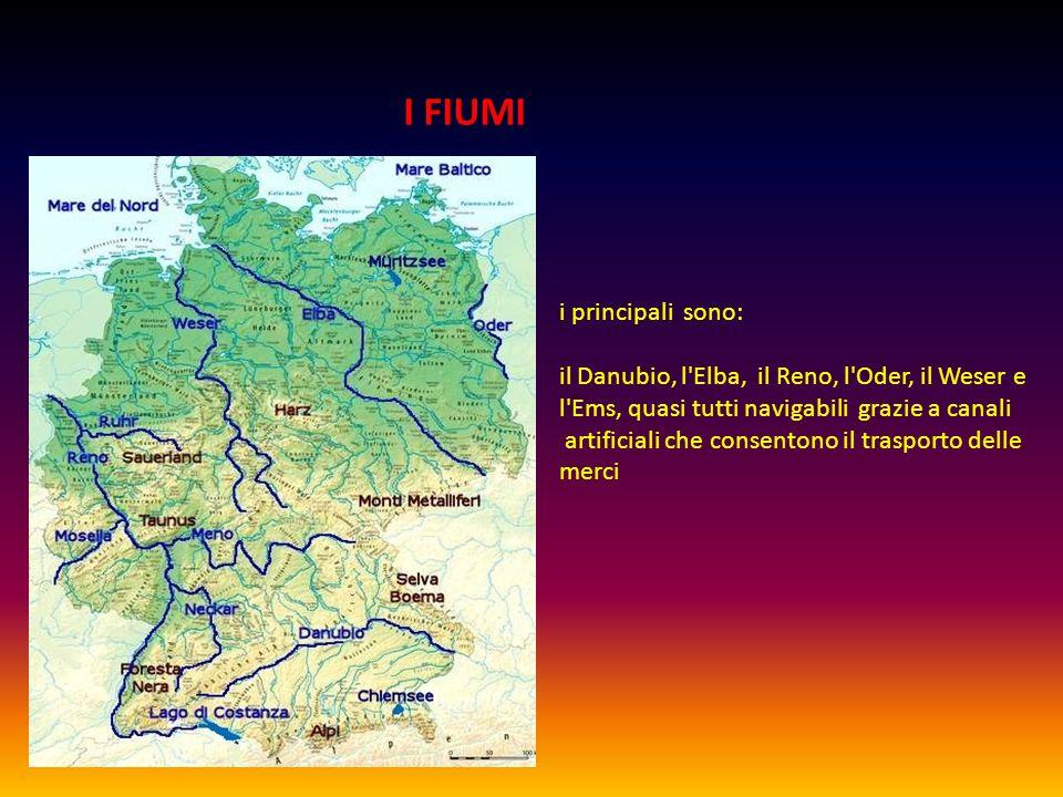I FIUMI i principali sono: il Danubio, l Elba, il Reno, l Oder, il Weser e l Ems, quasi tutti navigabili grazie a canali artificiali che consentono il trasporto delle merci