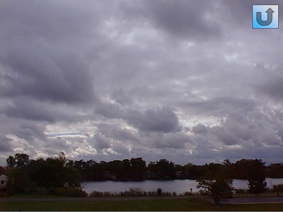 Altostrati (As) Generalmente si presentano come una distesa nuvolosa grigiastra più o meno densa.