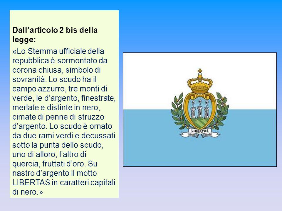 Dall'articolo 2 bis della legge: «Lo Stemma ufficiale della repubblica è sormontato da corona chiusa, simbolo di sovranità. Lo scudo ha il campo azzur