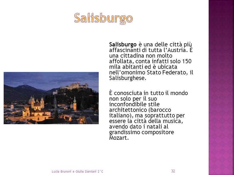 Salisburgo è una delle città più affascinanti di tutta l'Austria. È una cittadina non molto affollata, conta infatti solo 150 mila abitanti ed è ubica