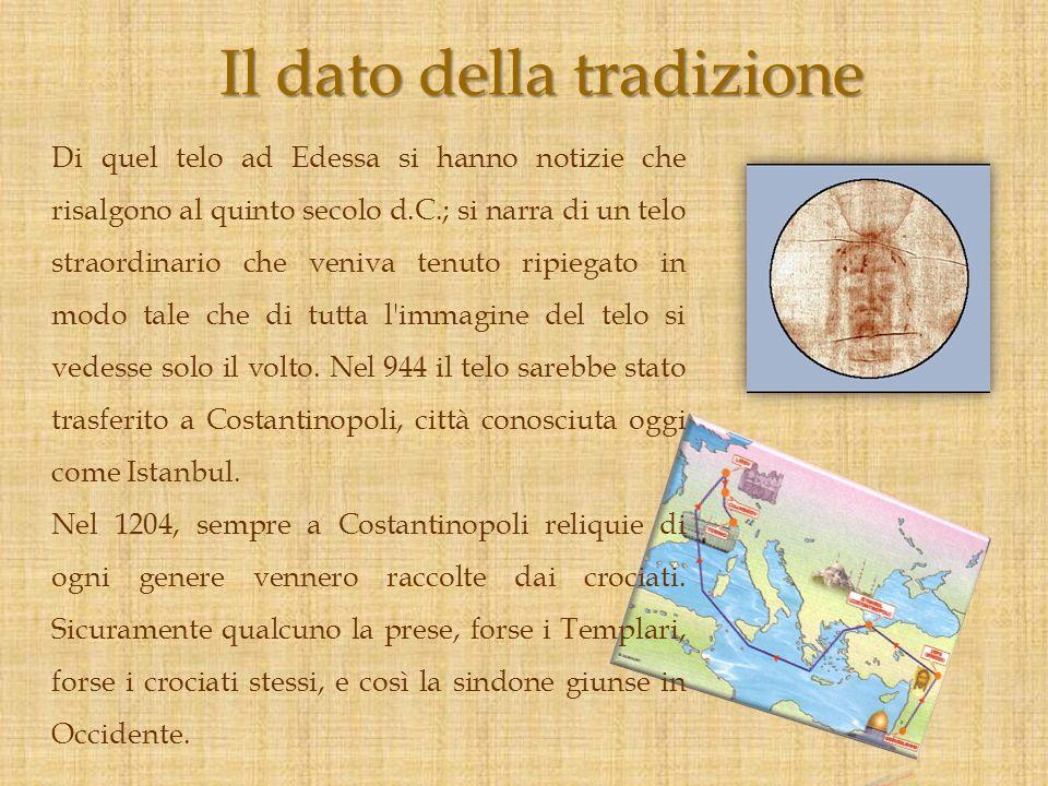 Di quel telo ad Edessa si hanno notizie che risalgono al quinto secolo d.C.; si narra di un telo straordinario che veniva tenuto ripiegato in modo tal