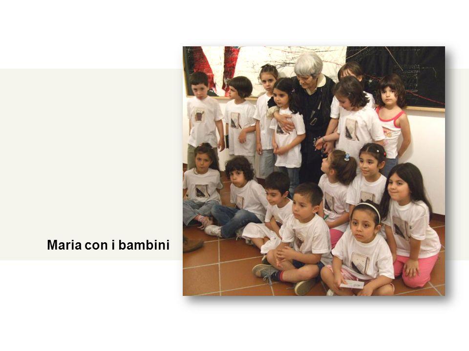 16 Giugno 2008 – Ulassai, Stazione dell'Arte – Incontro di Maria Lai con i bambini della Scuola dell'Infanzia di Oristano Maria con i bambini