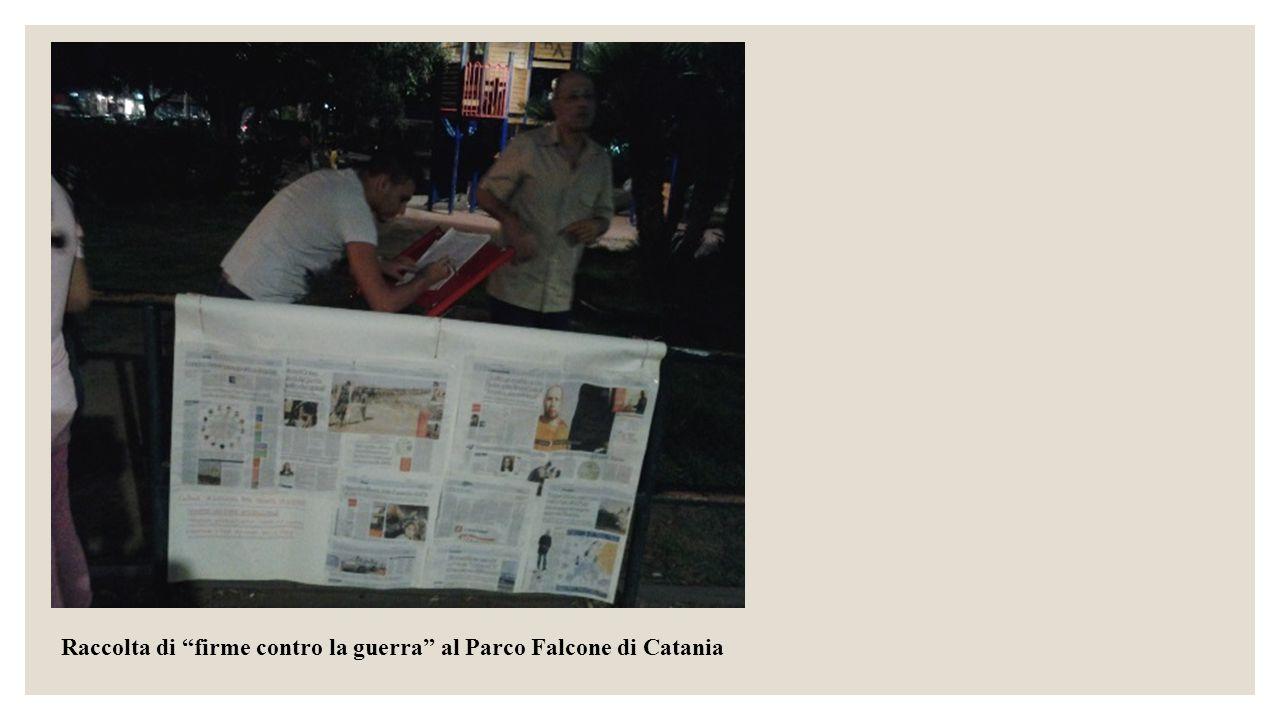 """Raccolta di """"firme contro la guerra"""" al Parco Falcone di Catania"""