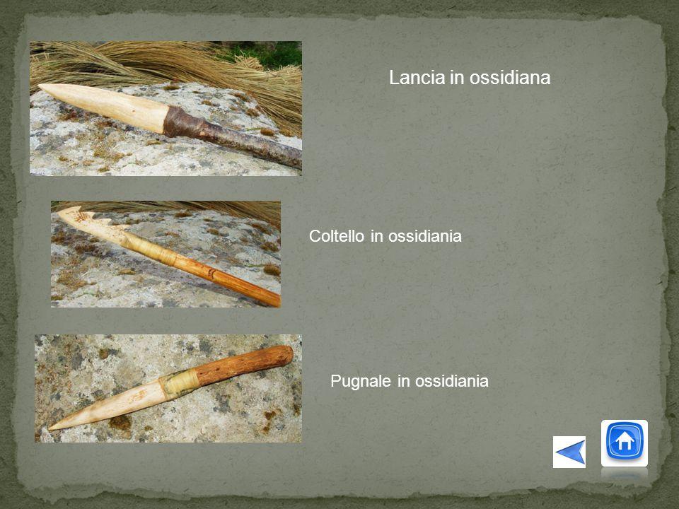 Lancia in ossidiana Coltello in ossidiania Pugnale in ossidiania