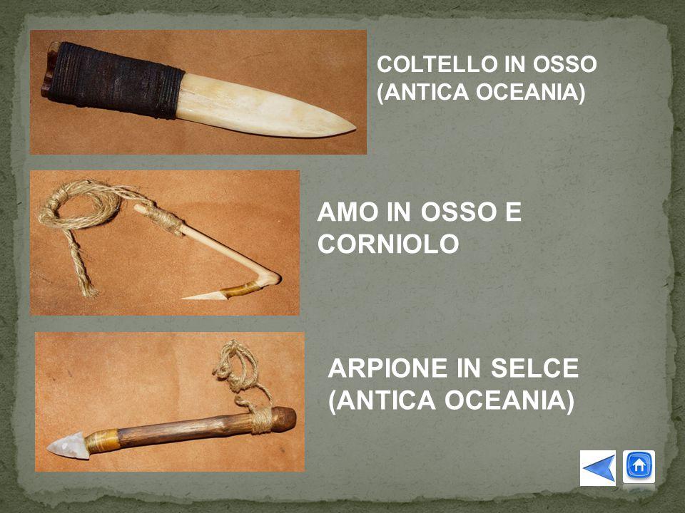 COLTELLO IN OSSO (ANTICA OCEANIA) AMO IN OSSO E CORNIOLO ARPIONE IN SELCE (ANTICA OCEANIA)