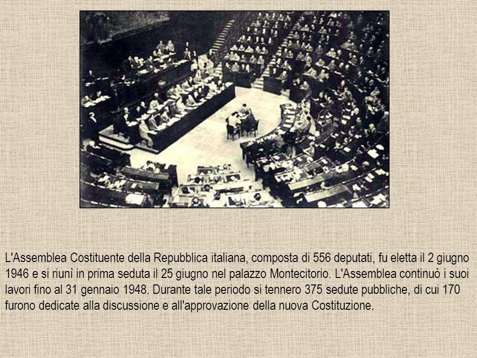 27 DICEMBRE 1947 Presentata il 23 corrente, è avvenuta oggi a palazzo Giustiniani, la firma dell atto di promulgazione della nuova Carta Costituzionale della Repubblica Italiana.