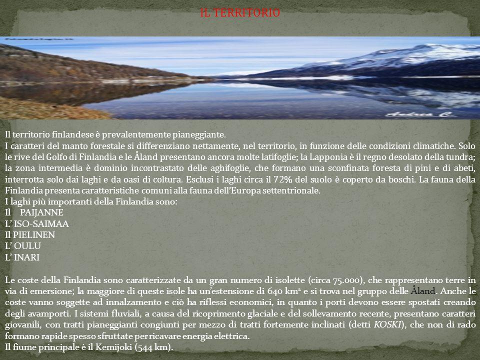 IL TERRITORIO Il territorio finlandese è prevalentemente pianeggiante. I caratteri del manto forestale si differenziano nettamente, nel territorio, in