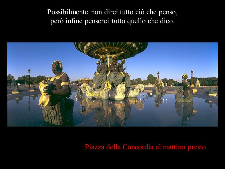 """Piazza della Concordia, al crepuscolo… """"Se per un istante Dio si scordasse che sono una marionetta di stoffa e mi regalasse un pezzo di vita, approfit"""