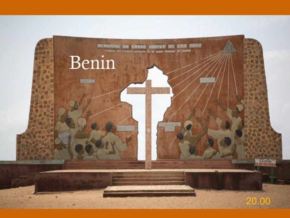 Benedetto XVI ha dedicato l'Udienza Generale di mercoledì 23 novembre 2011 nell'Aula Paolo VI al Viaggio Apostolico in Africa - Benin 18-20 novembre 2011
