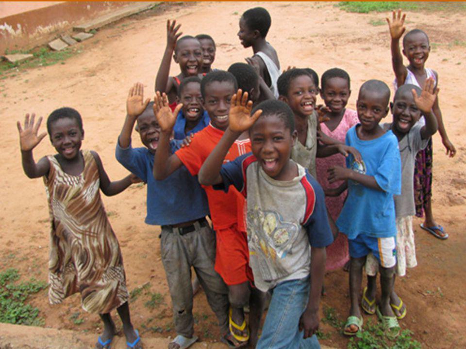 Affidando ad essi i frutti della Seconda Assemblea Speciale per l'Africa del Sinodo dei Vescovi, ho chiesto loro di meditarli attentamente e di viverli in pienezza, per rispondere efficacemente alla impegnativa missione evangelizzatrice della Chiesa pellegrina nell'Africa del terzo millennio.