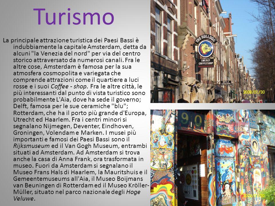 Turismo La principale attrazione turistica dei Paesi Bassi è indubbiamente la capitale Amsterdam, detta da alcuni