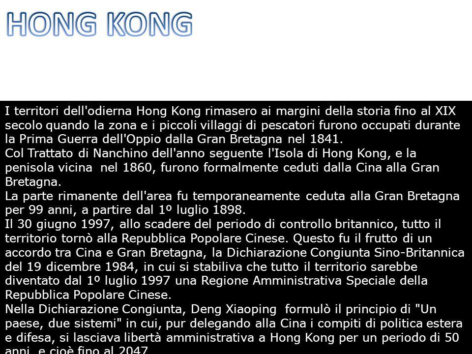 I territori dell odierna Hong Kong rimasero ai margini della storia fino al XIX secolo quando la zona e i piccoli villaggi di pescatori furono occupati durante la Prima Guerra dell Oppio dalla Gran Bretagna nel 1841.