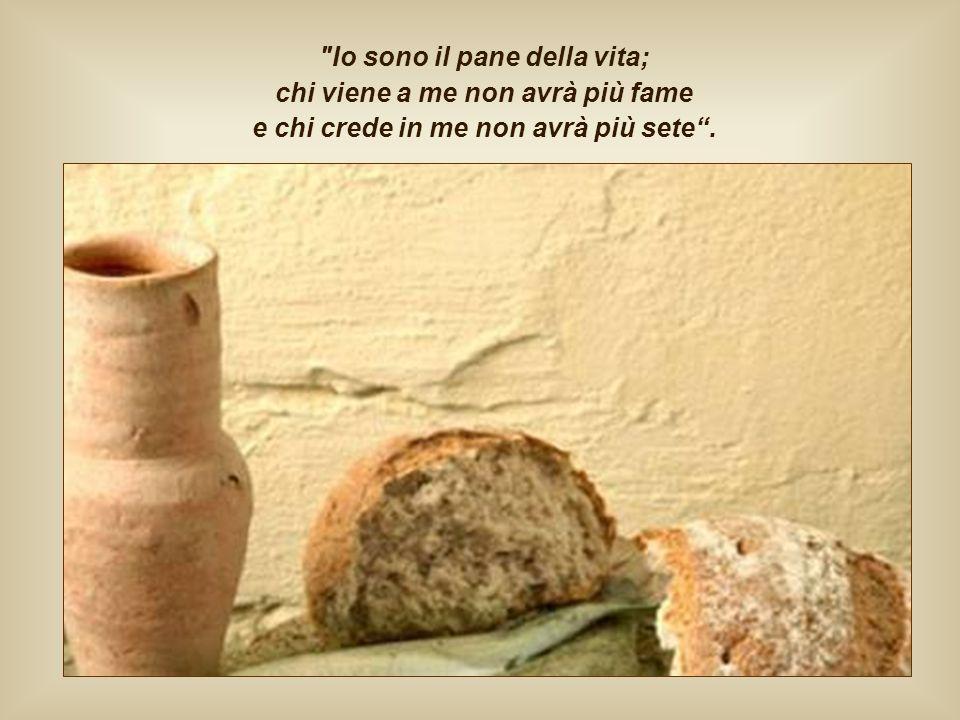 Poco dopo, nello stesso discorso, alla folla che ancora non comprende, Gesù si presenta egli stesso come il vero pane disceso dal cielo, che deve esse
